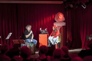 """Annika Krump stellt ihr Buch """" Tagebuch einer Hospitantin """" / Alexander Verlag im roten Salon der Volksbuehne vor. Donnerstag, 29. Januar 2015."""